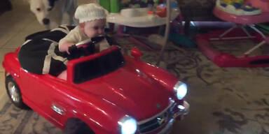 Kleinste Mercedes-Fahrerin der Welt