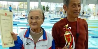 100-jährige stellt Weltrekord auf