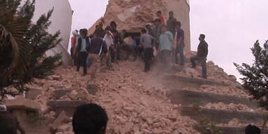 Chaos nach Erdbeben in Nepal