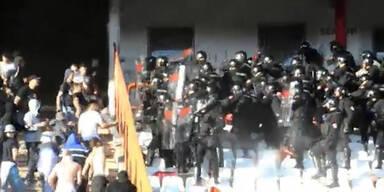 Hooligan-Krieg bei Belgrad-Derby
