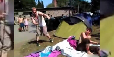 Zelt aufbauen unter Drogeneinfluß