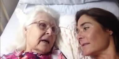 Alzheimerkranke Mutter erkennt Tochter wieder