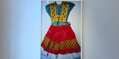 Foto-Ausstellung zeigt Frida Kahlos Kleider