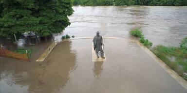 Drohne zeigt Hochwasser in Texas