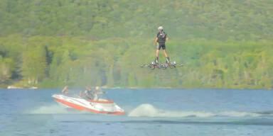 Neuer Weltrekord im Hoverboard-Flug