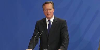 Cameron fordert Blatters Rücktritt