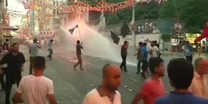 Demos nach Explosion in der Türkei