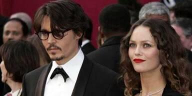 Johnny Depp flirtet fremd!