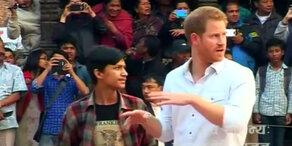 Prinz Harry besucht Nepal