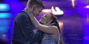 """Thomas Morgenstern und Roswitha Wieland tanzen zu """"Bring Me to Life"""""""