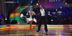 Sabine Petzl und Thomas Kraml tanzen Samba