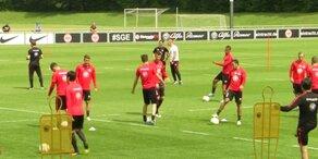 Abstiegsduell in der deutschen Bundesliga
