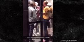Justin Bieber wird vermöbelt