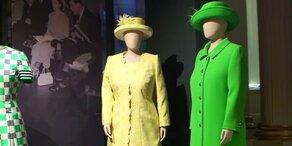 Queen zeigt ihre Kleider in Ausstellung