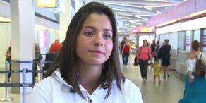 Syrische Schwimmerin fliegt nach Rio