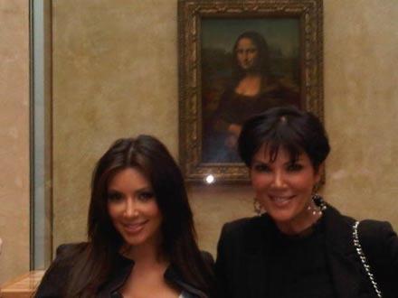 Kim & Kris Kardashian im Louvre