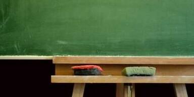 Lehrer bestahl Schüler in Niederösterreich
