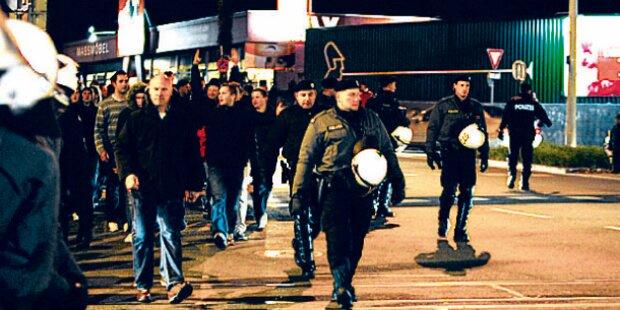 60 Hooligans prügelten sich mitten in Graz