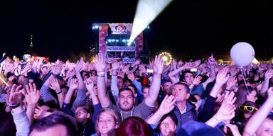 800.000 Besucher beim Fest-Auftakt