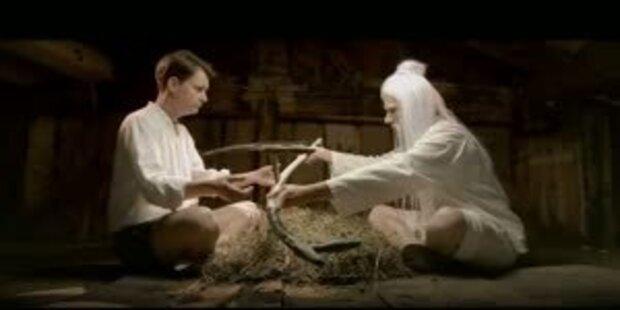 1810 - Für eine Hand von Kaspressknödel
