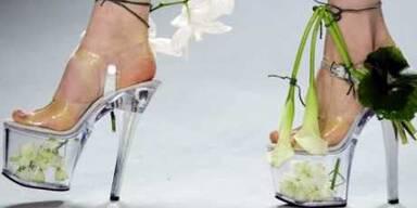 Schuhe in voller Blüte