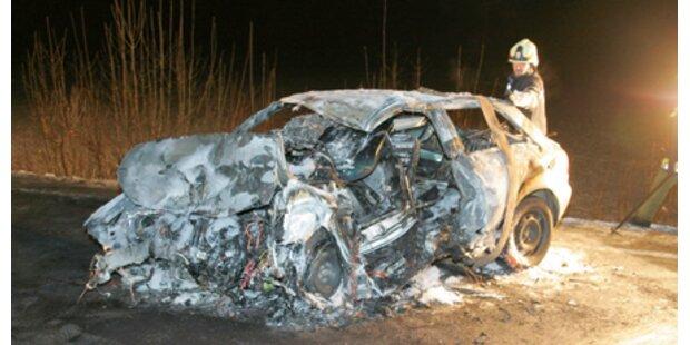 20-Jähriger verbrannte im eigenen Auto