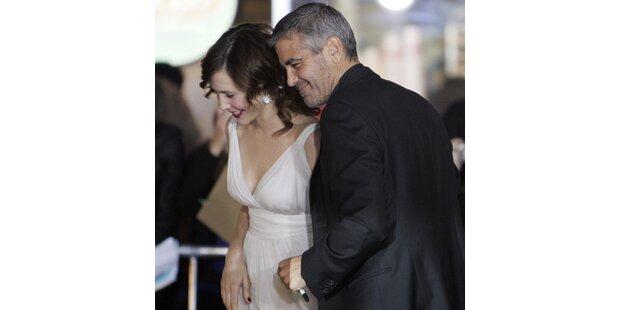 So rächt George sich an Elisabetta