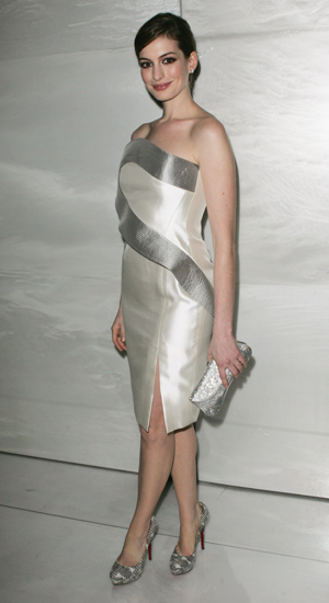 1 Anne Hathaway - Shop the Look
