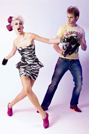 1 MADONNA Models in rockiger Mode von Philipp Plein
