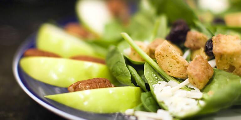 gesunde Büromahlzeiten Arbeit Office Salat schlank