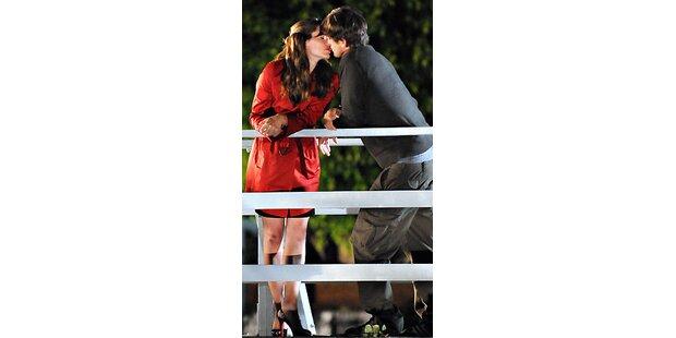 Filmset: Wen küsst Ashton da?