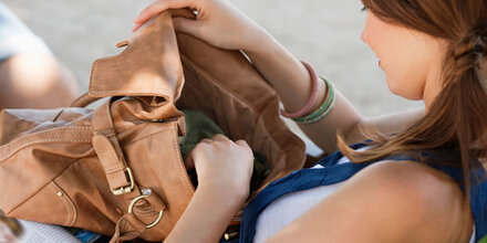 Studie: So giftig ist Ihre Handtasche