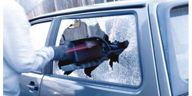 Streit um Frau: Auto komplett demoliert