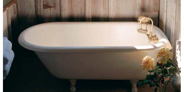 Mann verbrühte sich in Badewanne