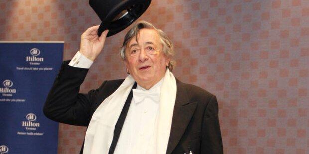 Wen holt Lugner zum Opernball?