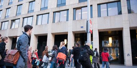 Uni brennt? Feuer-Alarm an der Uni Wien