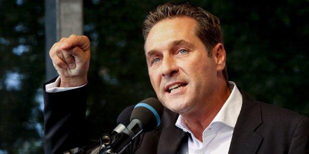 Strache räumt in FPÖ auf
