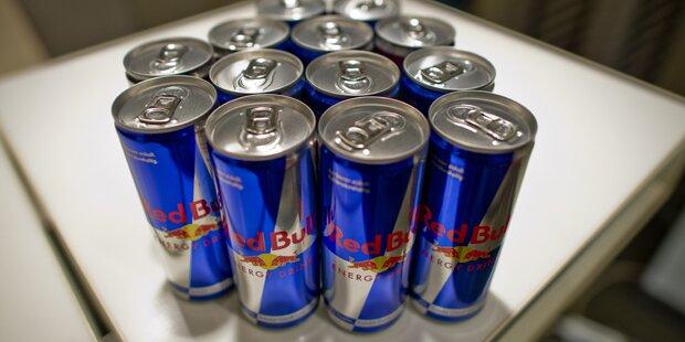 Bub in Lebensgefahr, weil er eine Dose Red Bull wollte