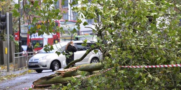 2 Tote bei Stürmen in Großbritannien