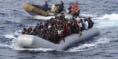 370 Migranten aus Seenot gerettet