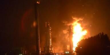 Feuer in Shell-Chemiewerk in den Niederlanden