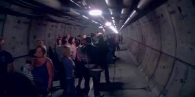 Gefangen im Tunnel unter Wasser