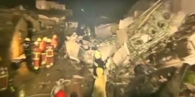 48 Tote bei Flugzeugabsturz in Taiwan