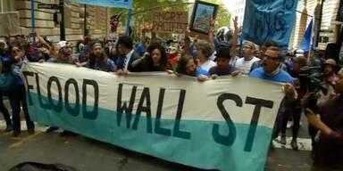 """""""Überflutet die Wall Street!"""""""