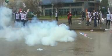 Tränengas-Einsatz gegen Lehrer