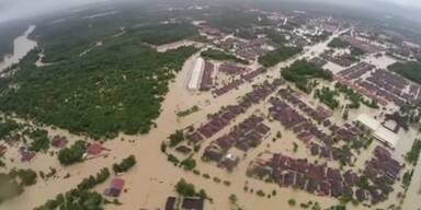 Schwere Überschwemmungen in Thailand und Malaysia