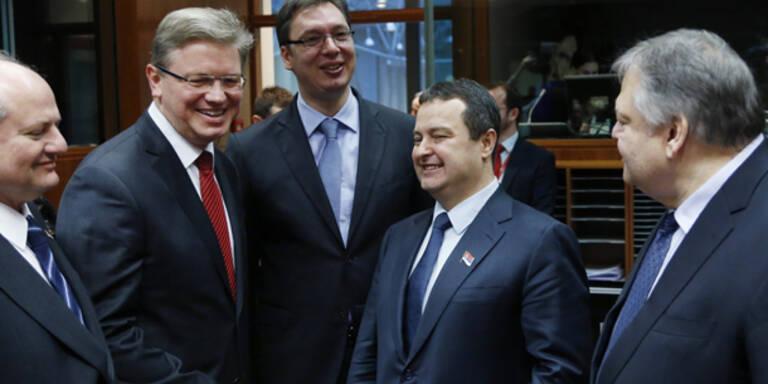 EU und Serbien starten Beitrittsverhandlungen