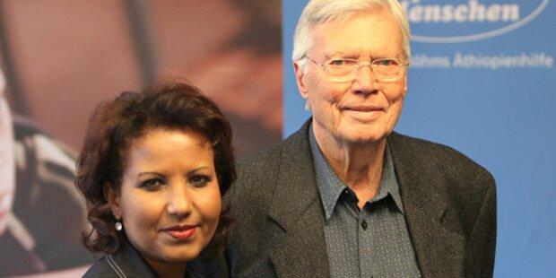Polit- & TV-Promis bei Böhms Trauerfeier