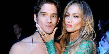 Jennifer Lopez, Tyler Posey