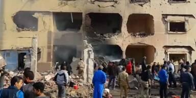 Bombenanschläge töten Menschen